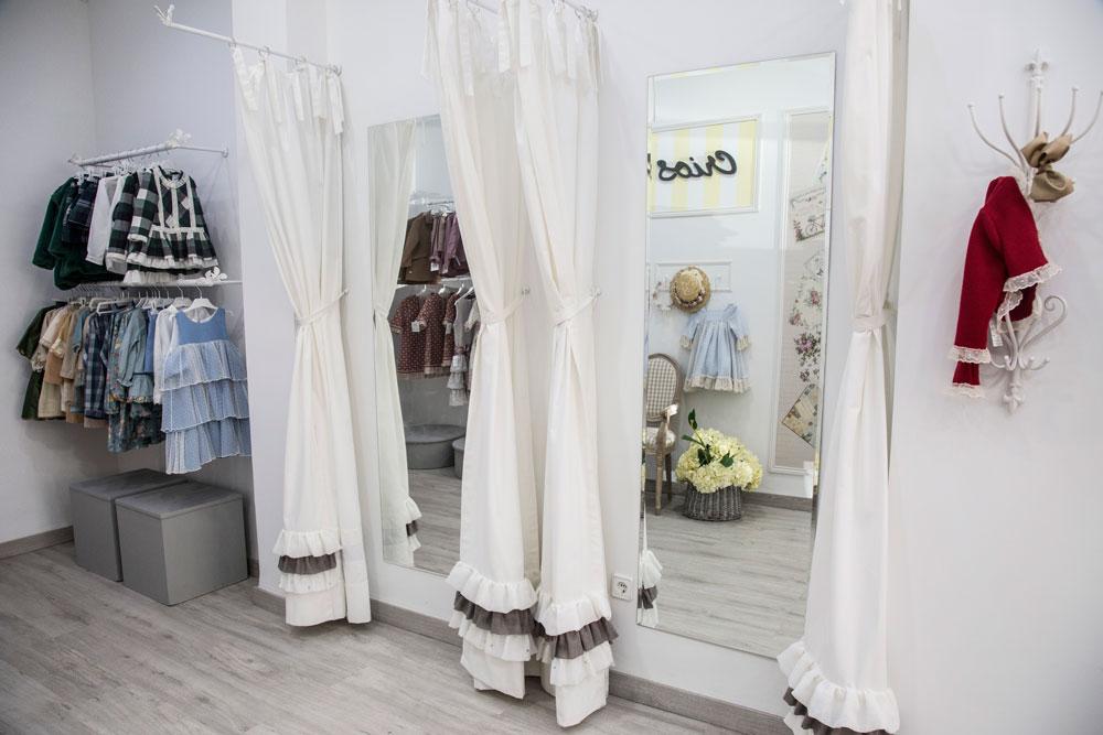 Proyecto decoración tienda ropa infantil