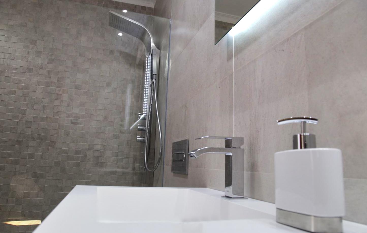 Escabel diseño y decoración de cuarto de baño